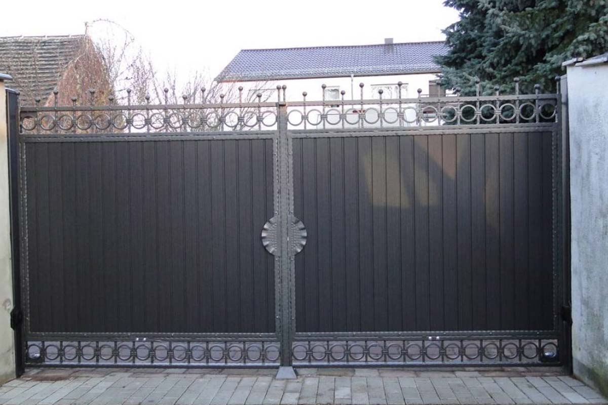 Schmiedeeiserne Zäune, Schmiedeeiserne Tore, Kunstschmiede Hamburg, Oldenburg, Bremen, Varel, Stalmen