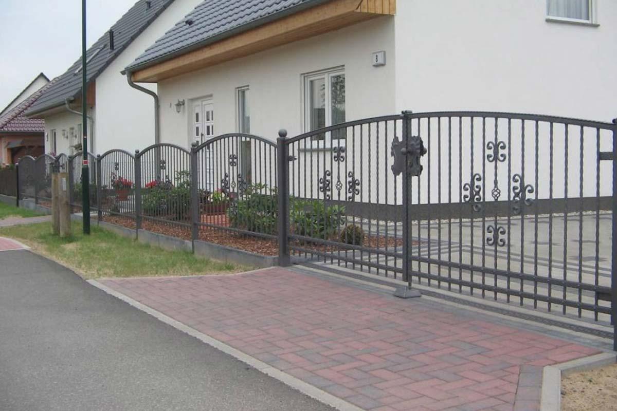 Schmiedeeiserne Zäune, Schmiedeeiserne Tore, Kunstschmiede Hamburg, Oldenburg, Bremen, Varel